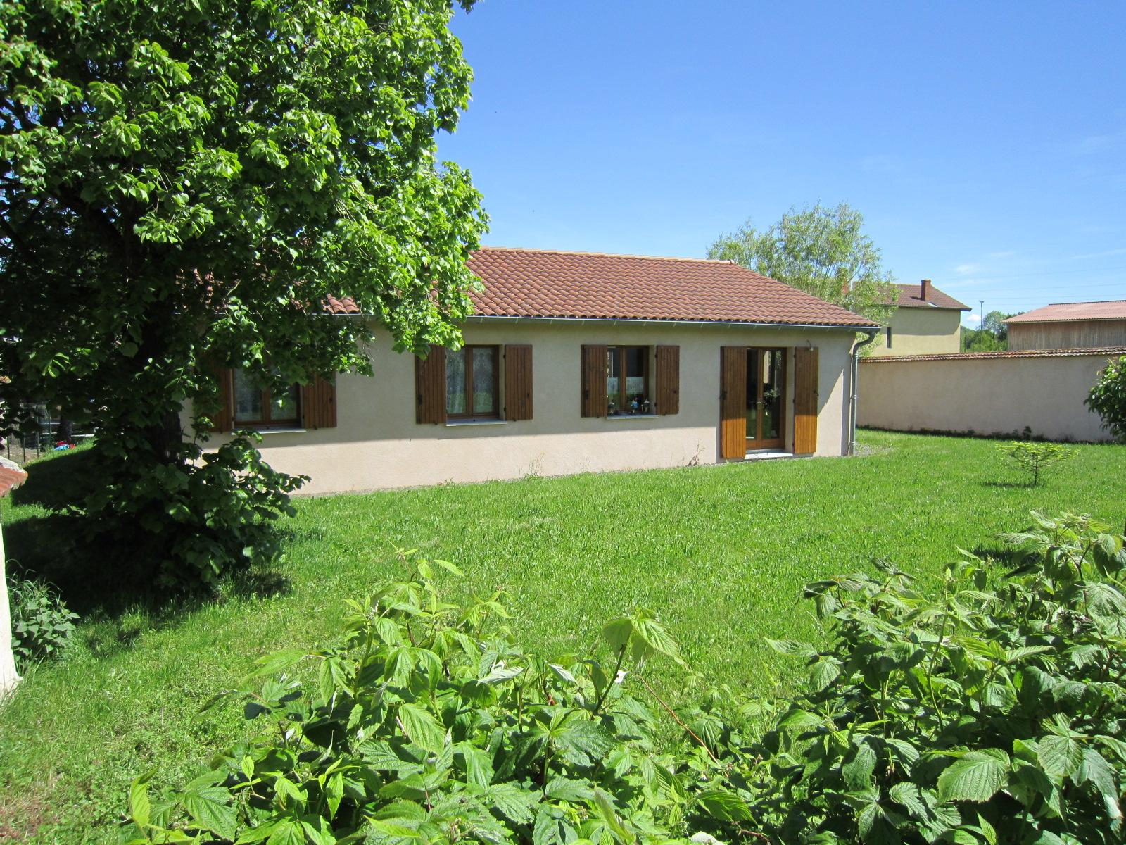 Annonce vente maison montverdun 42130 850 m 179 000 for Vente de bien immobilier atypique
